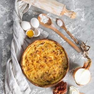 Quiche Cebolla Caramelizada Tocino Individual (Patache)