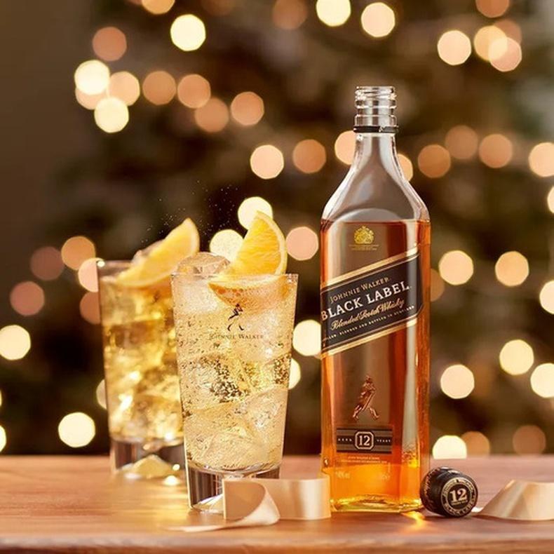 Whisky Johnnie Walker Black 750 cc (J.W )